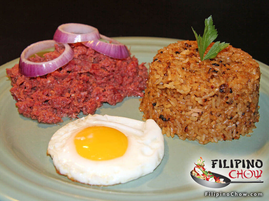 Cornsilog (Corned Beef with Garlic Rice and Fried Egg) - Filipino Chow's Philippine Food and Recipes