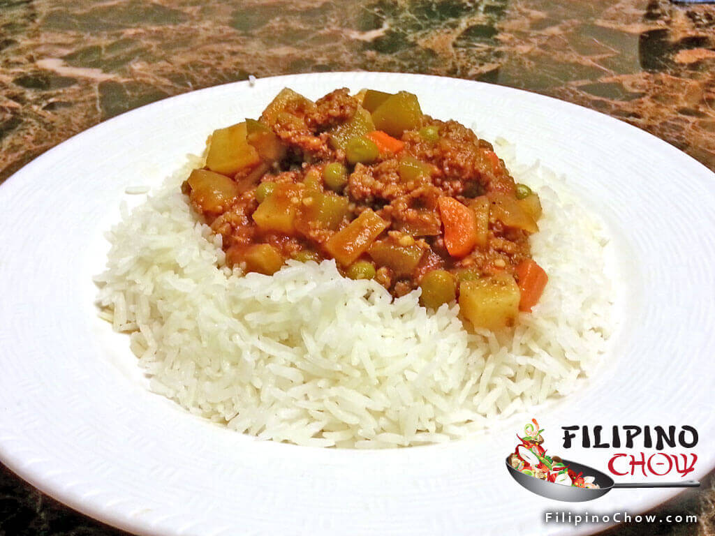 Image of Picture of Giniling Guisado (Ground Beef with Bell Peppers)